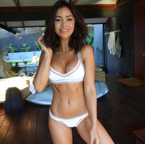 These Beautiful Babes In Skimpy Bikinis Are A Sight For Sore Eyes (58 pics)