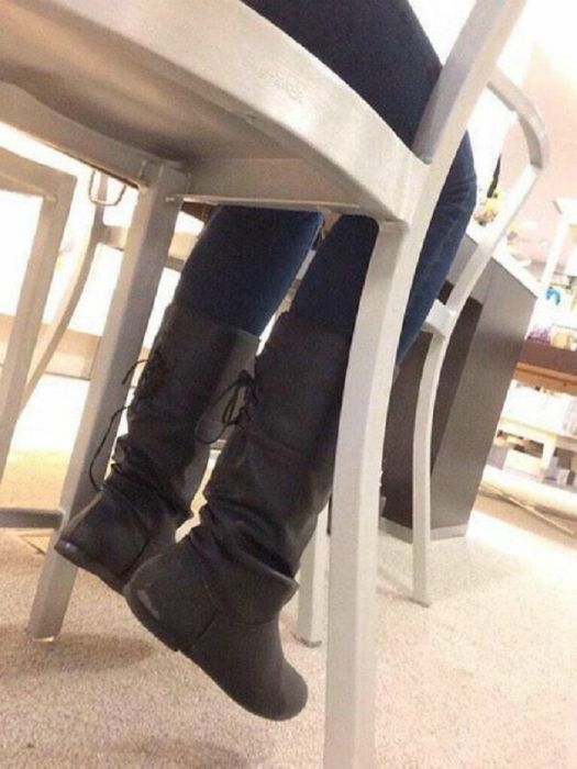 Real Life Problems That All Short Girls Have To Live With (17 pics)