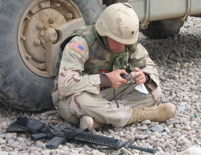 Photos Show Off What Daily Life Was Like For Soldiers In Iraq (28 pics)