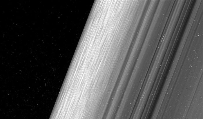 NASA Releases Stunning Photos Of Saturn's Rings (4 pics)