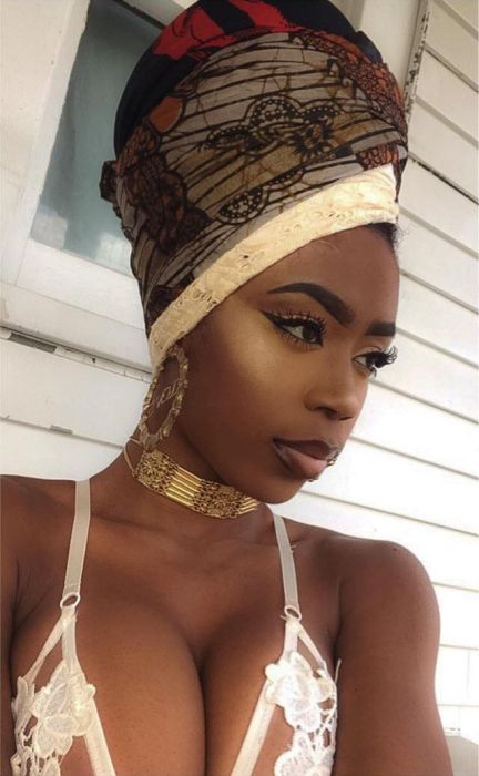 People On Social Media Are Saying This Nigerian Model Has The Perfect Body (14 pics)