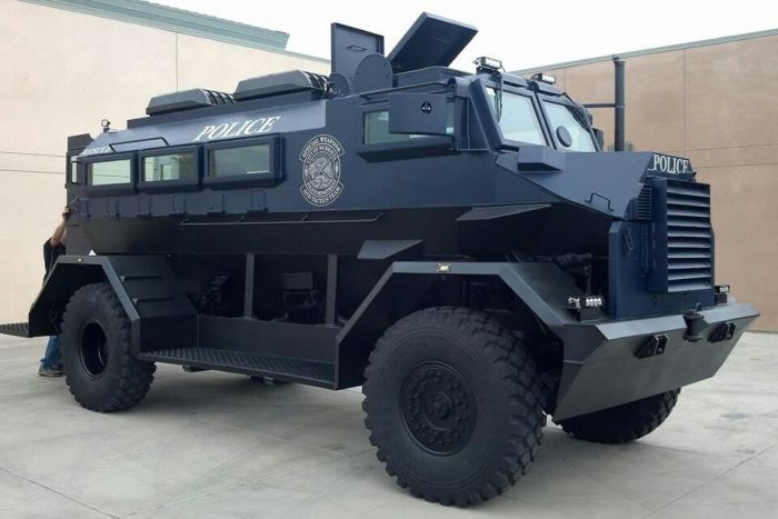 Impressive Police Emergency Vehicles From Around The World (12 pics)