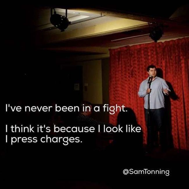 Hilarious Comedians Telling Great Jokes (20 pics)