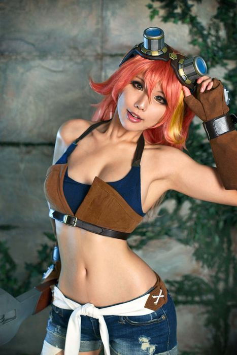 Gorgeous Girls Who Are Doing Cosplay Properly (18 pics)