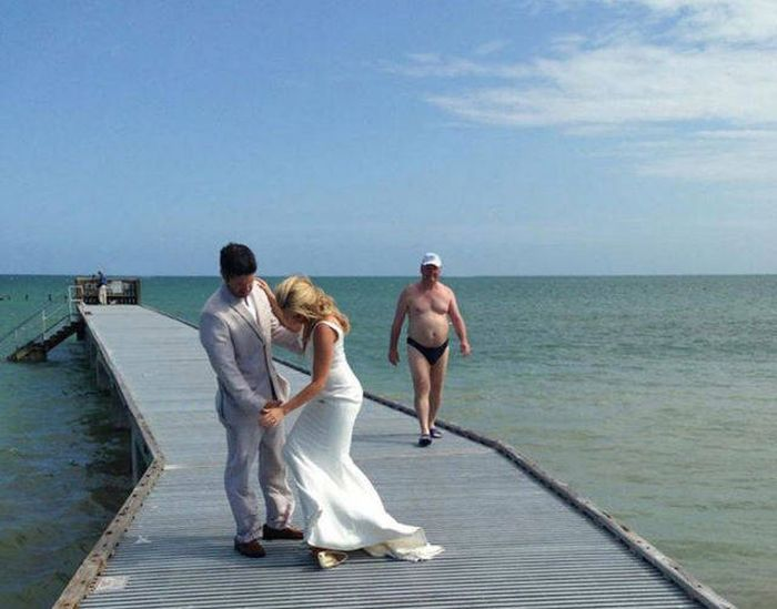 Amusing Wedding Photos That Will Make Your Day (42 pics)