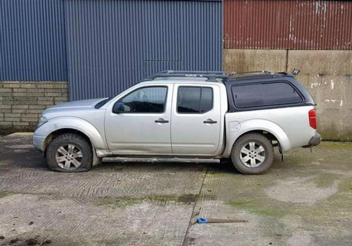 Furious Customers Urge Nissan To Recall Truck After It Snaps In Half (10 pics)