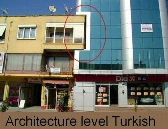 Apparently Construction Just Isn't For Everybody (33 pics)