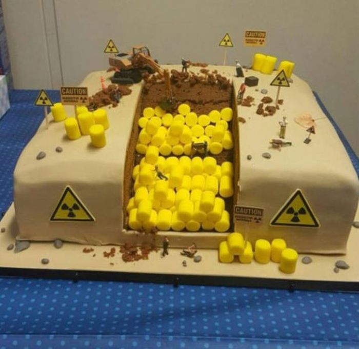 Mind Blowing Cakes That No One Would Dare To Eat (34 pics)