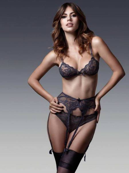 Forget Dogs, Lingerie Is A Man's True Best Friend (50 pics)