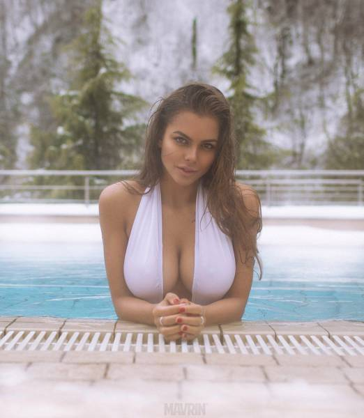 Young nude big tits