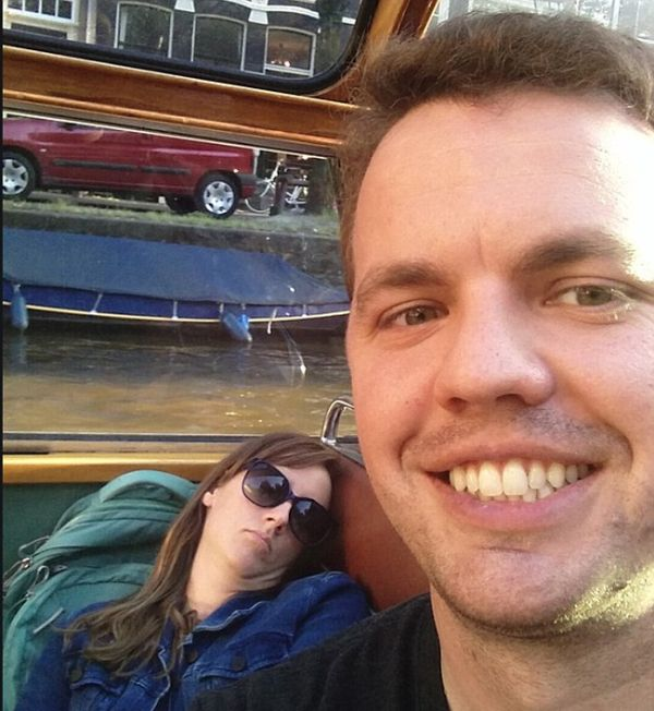 Hilarious Images Capture Holiday Romance Gone Wrong (11 pics)