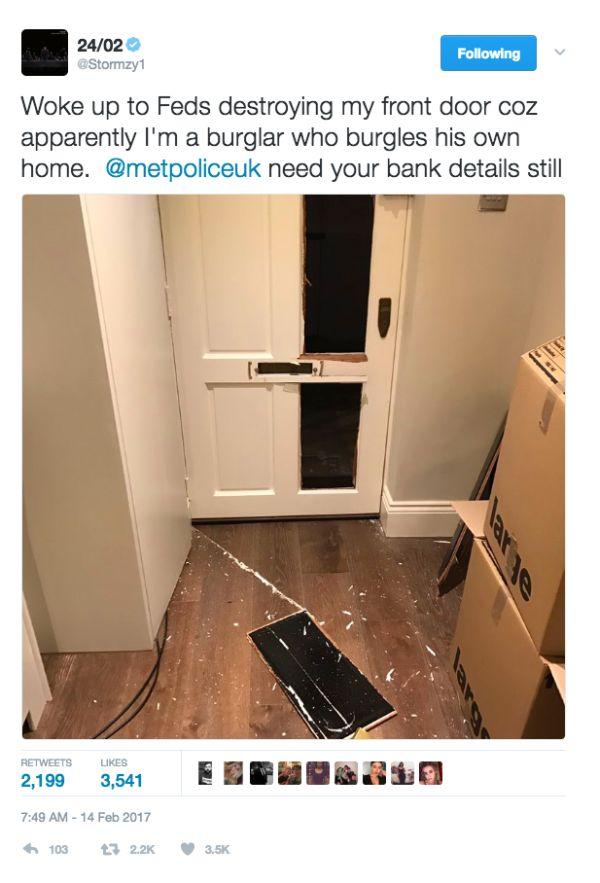 Stormzy Says Police Broke Down His Front Door Down (2 pics)