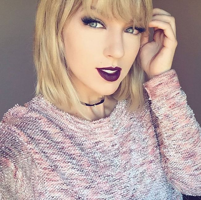 Somehow This Girl Looks More Like Taylor Swift Than Taylor Swift Does (6 pics)