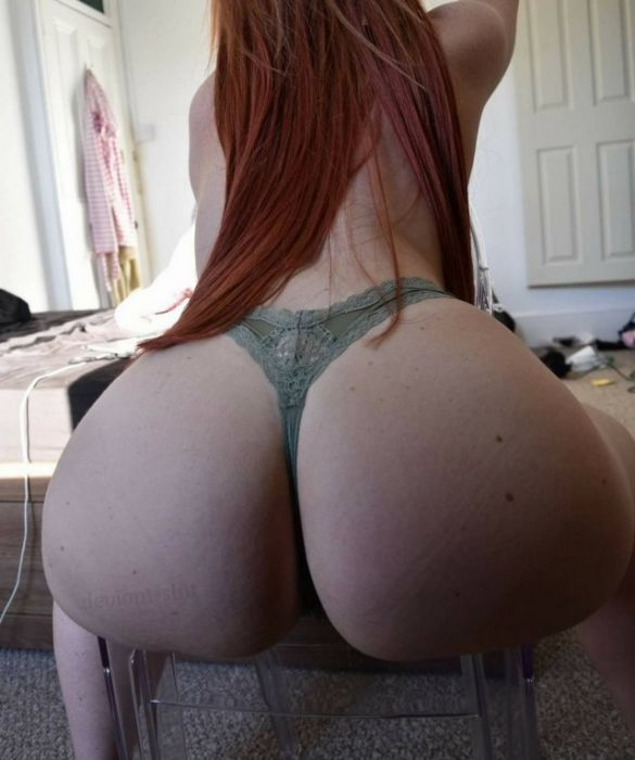 Girls Arching Their Backs Will Always Be Sexy (35 pics)