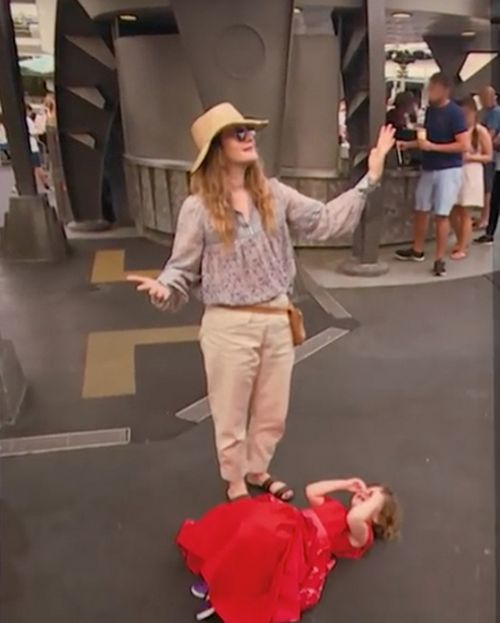 Drew Barrymore Shares Hilarious Pictures Of Her Daughters Meltdown (2 pics)