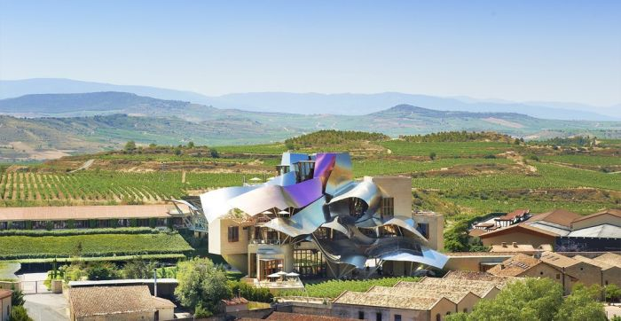 This Beautiful Hotel Will Take Your Breath Away (6 pics)