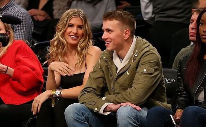 Tennis Star Eugenie Bouchard Goes On Date With Fan After Losing A Bet (5 pics)