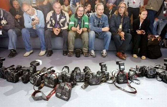 When Photographers End Up On The Other Side Of The Camera (52 pics)