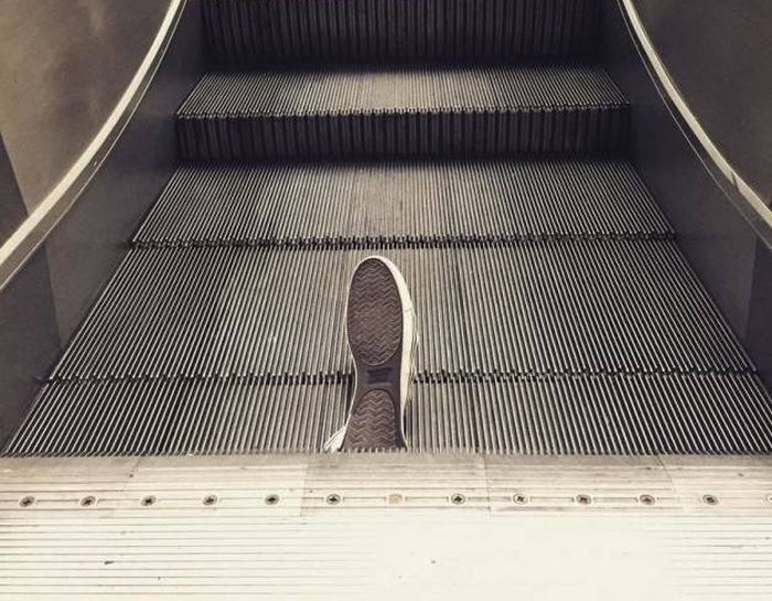 Escalators Really Are A Threat To Mankind (17 pics)