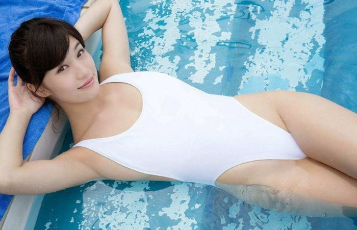 Asians Girls Are Absolutely Stunning And Sexy (37 pics)