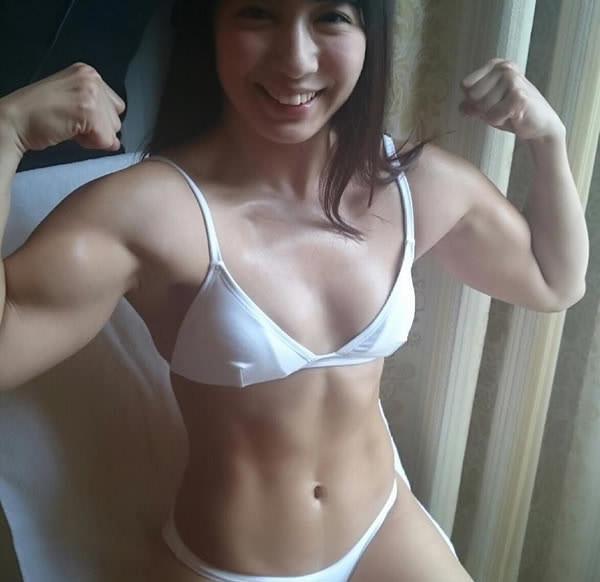 Reika Saiki Is Chun Li From Street Fighter Come To Life (18 pics)