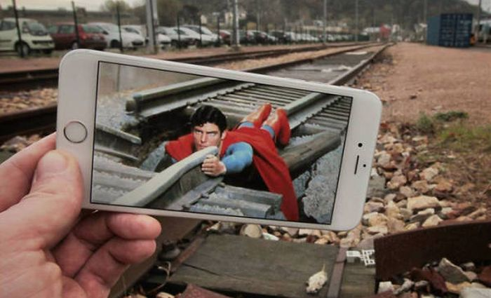Movies Actually Fit Really Well In The Real World (58 pics)