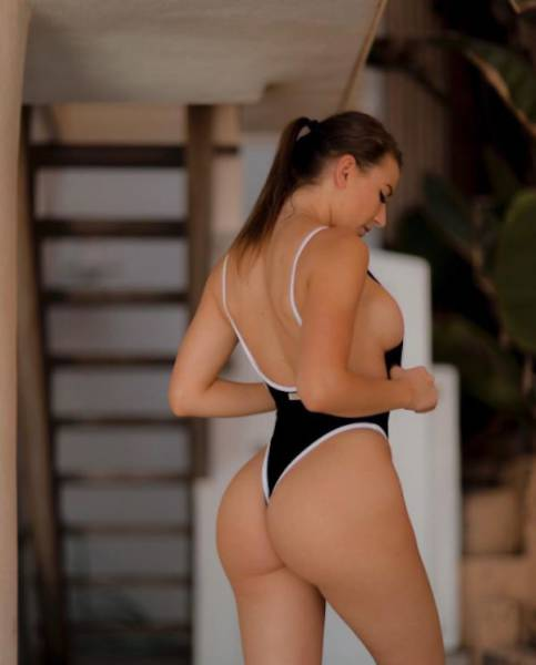 It Is Always A Good Time To Enjoy Some Hot Girls With Great Butts (55 pics)