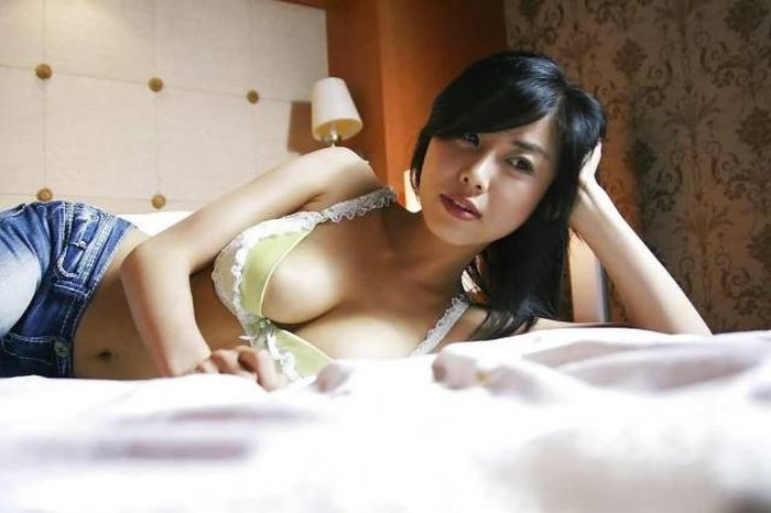 Stunning Asian Girls That Will Drop Your Jaw (59 pics)