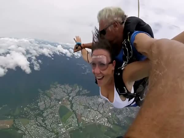 Girl Passes Out While Skydiving