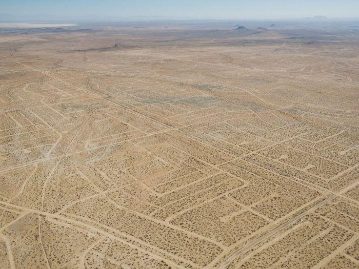 A Look At California's Failed Utopia (9 pics)