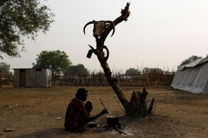 Southern Sudan Ravaged By Famine (12 pics)