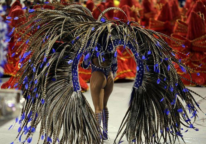 Rio de Janeiro Carnival Is Now In Full Effect (27 pics)