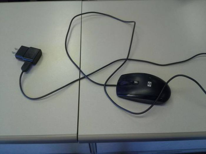 Photos That Will Cause Maximum Levels Of Stress For Tech Workers (18 pics)