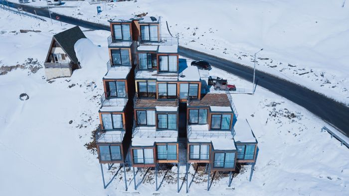 This Ski Resort Has A Hotel Made Of Cargo Containers (6 pics)