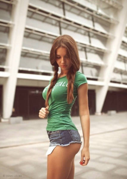 Hot Girls In Short Shorts That Will Make You Extremely Happy (62 pics)