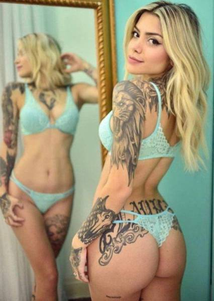 Sexy Girls Who Like Ink Are Seriously Irresistible (57 pics)