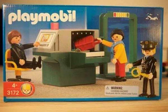 Strange And Bizarre Children's Toys (17 pics)