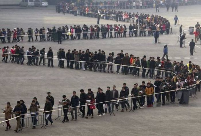 Here's What Billions Of Chinese People Look Like In Reality (21 pics)