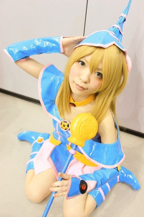 Japanese Cosplayers Take Cosplay To The Next Level (18 pics)