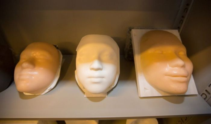 Undertakers Use 3D Printing To Rebuild The Faces Of The Dead (5 pics)