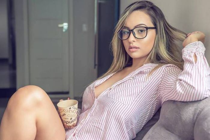 These Girls Show Just How Sexy Glasses Can Be 53 Pics-5530