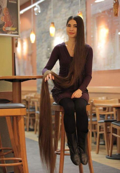 Latvian Rapunzel's Hair Is Insane (7 pics)