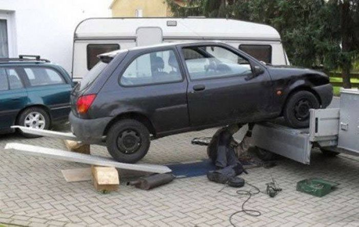 It's Probably Better For These People Not To Think About Safety (58 pics)