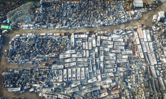 Thousands Of Cars Burned In A Chinese Parking Lot (10 pics)