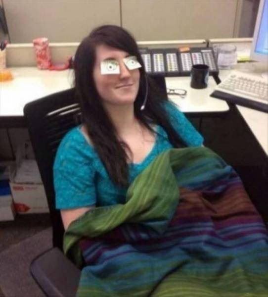 If You Get Bored At Work Just Do Something A Little Crazy (49 pics)