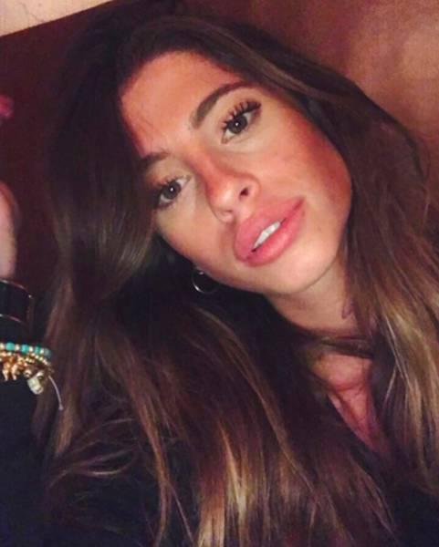 Hot Girl Chiara Nasti Trolls Her Haters (26 pics)