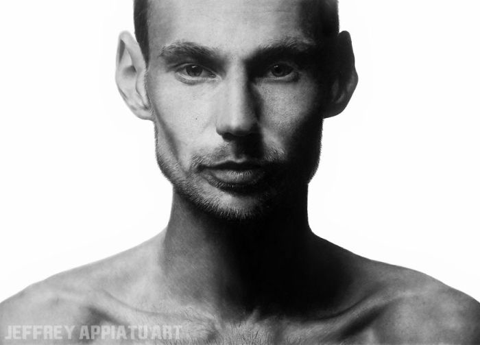 Photo-Realistic Portraits  (9 pics)