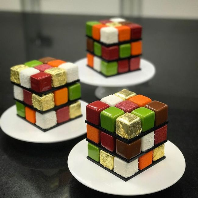 Rubik's Cakes Are Too Cool To Eat (8 pics)