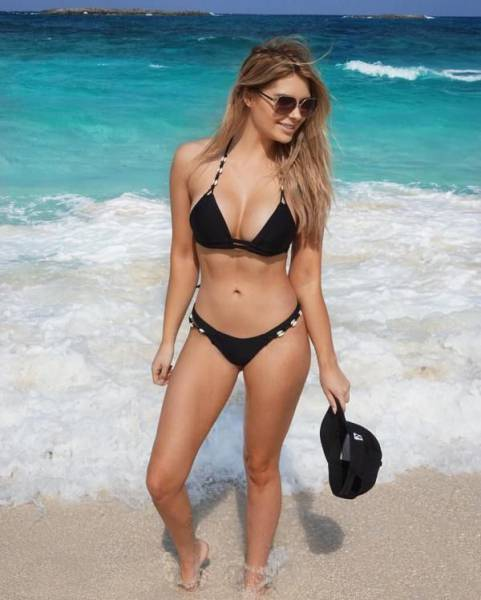 Fun In The Sun And Bikinis Are A Great Combination (51 pics)