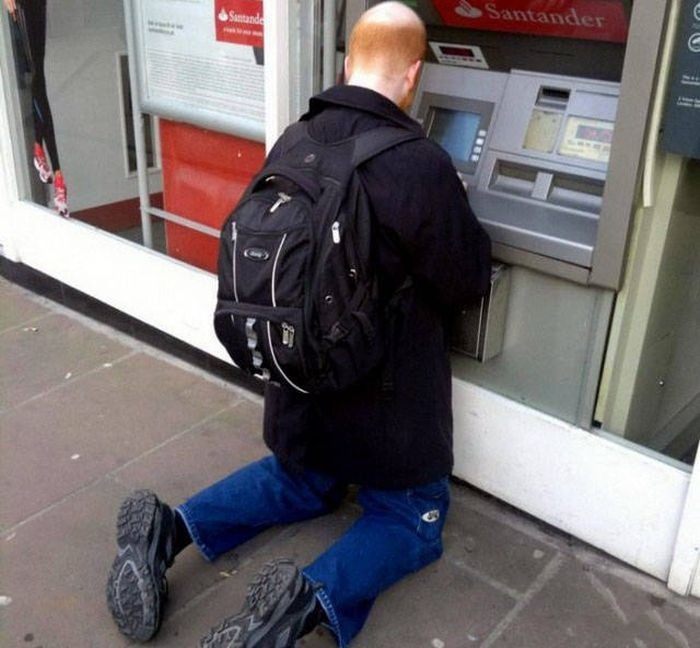 Strange Things Seen At ATMs Around The World (40 pics)